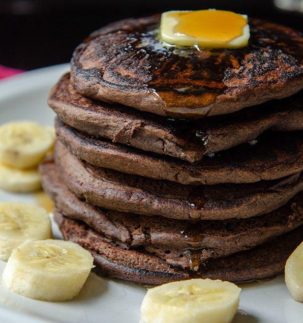 chocolate-banana-pancakes-5115blog1